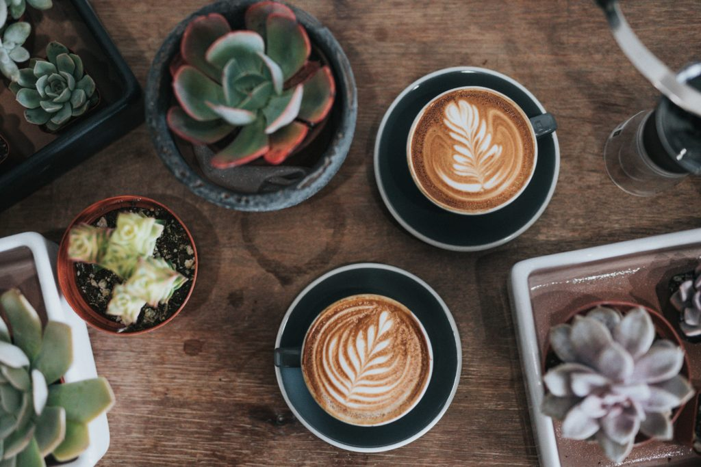 find the best coffee shops in Manhattan