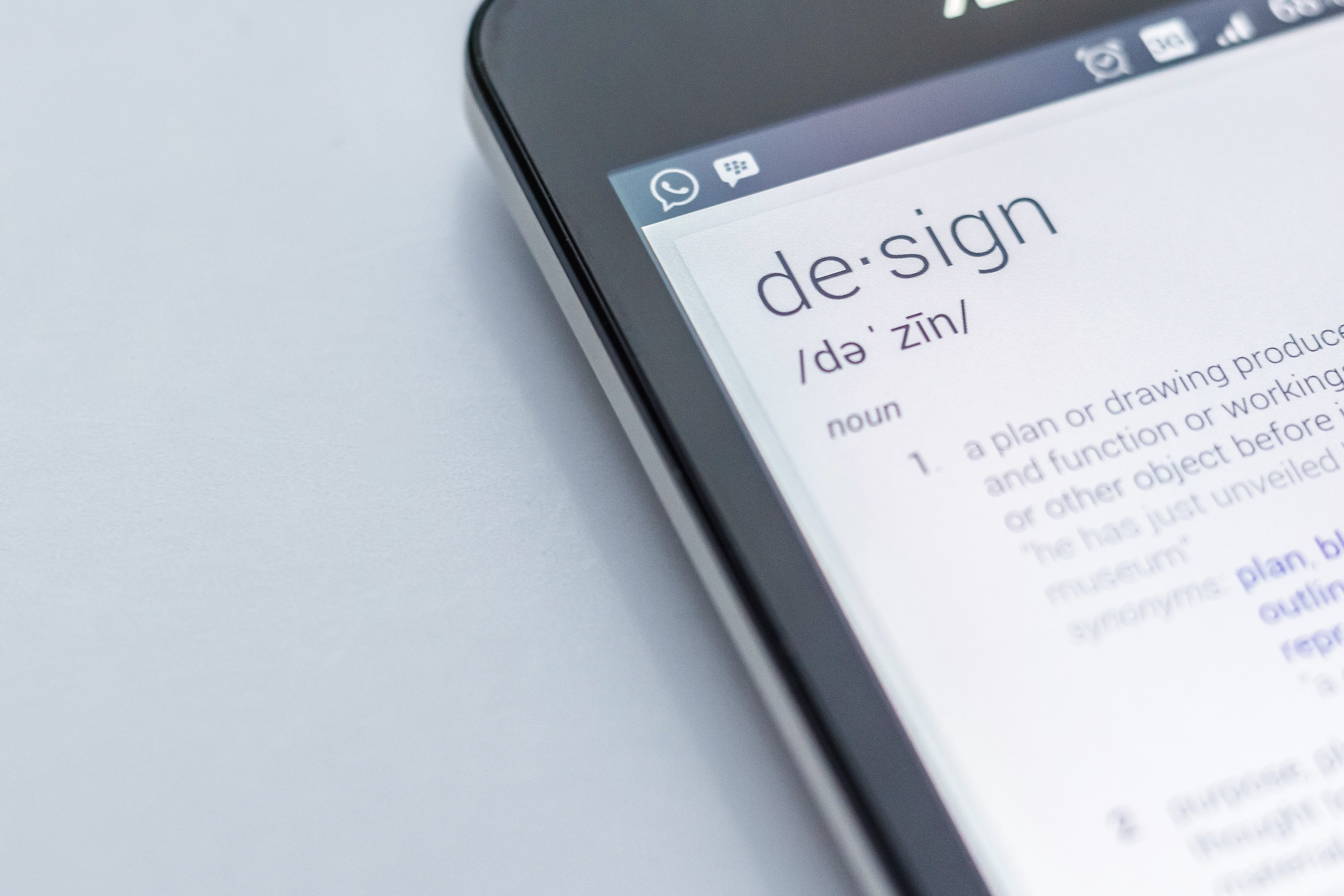 Design - in dictionary on the phone.