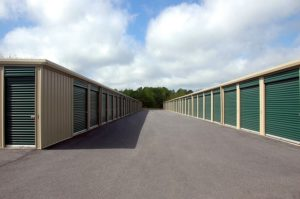 Storage warehouse with garages on both sides