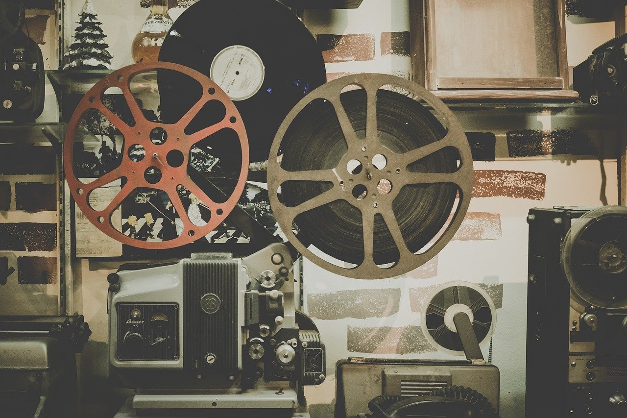 A photo of a movie reel projector