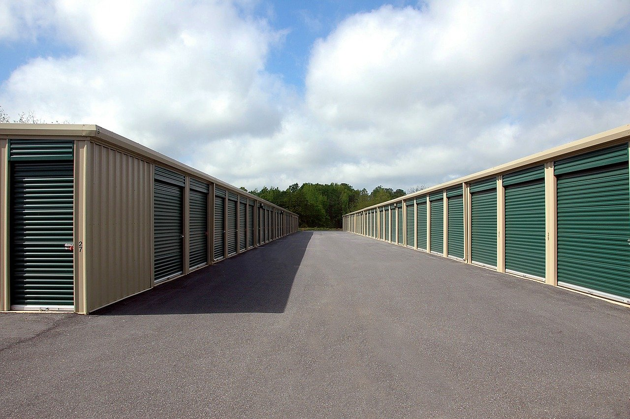 How to choose climate controlled storage facility?