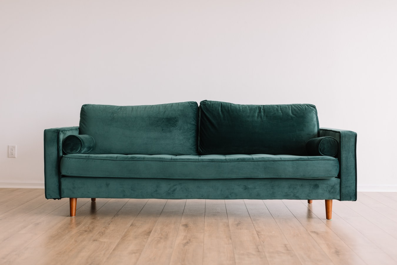 A couch - moving your furniture long distance is easy if you know how to do it properly